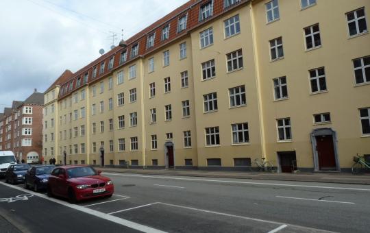 Gadefacade